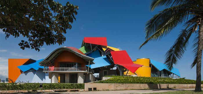 中国当代艺术交流展在巴拿马开幕