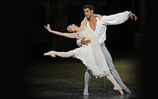 从芭蕾到现代舞 舞星卡洛斯揭人生新一页