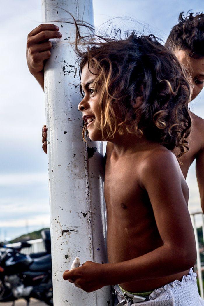 深入地狱与天堂之间 探访巴西里约贫民窟