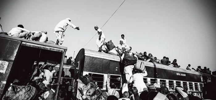 喜马拉雅腹地消逝的风景 火车上的贾纳克布尔