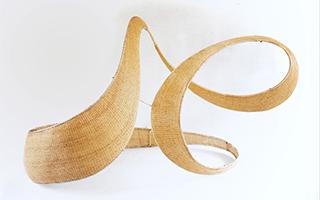 缠交相绕的装置艺术品:只属于竹编的情节