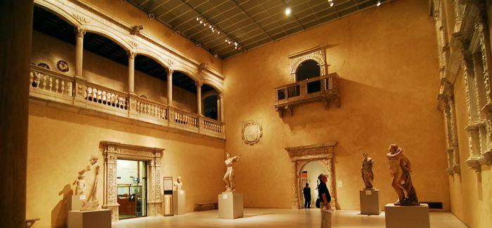 纽约大都会博物馆参观人数刷新纪录