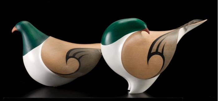 新西兰艺术家Rex Homan的鸟类木雕