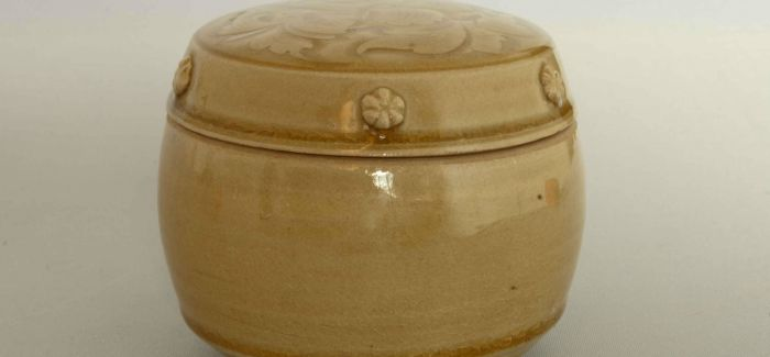 古代人把浪漫都融在了这些瓶瓶罐罐上!
