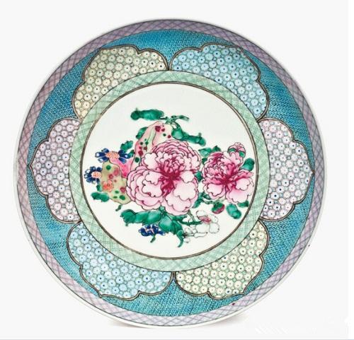 雍正粉彩瓜果牡丹纹盘原图