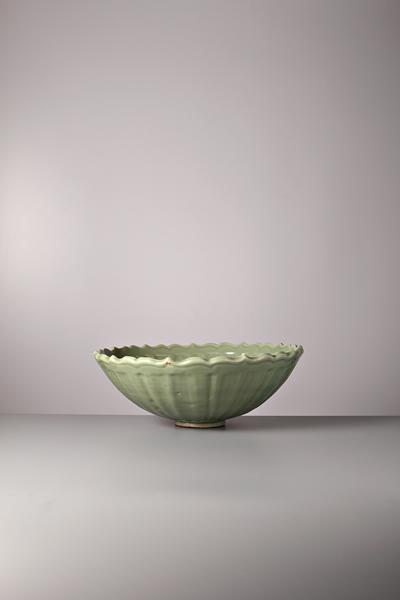 明初龙泉窑青瓷菊花碗原图