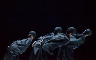 现代舞者很穷  但他们有无敌的身体