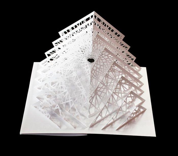 作出美丽的空间几何雕塑