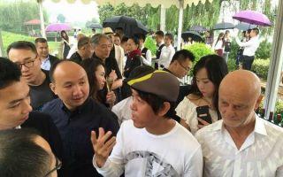 """赵半狄从""""中国Party -肖邦""""谈起:为何拿起画笔?"""