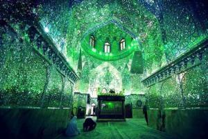 进入幻绿色精神领域   满室星斗照亮这所清真寺