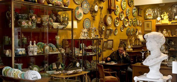 王菲低调逛巴黎古董市场