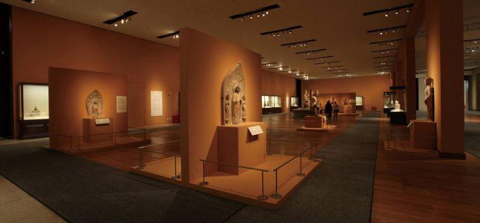 醴陵选送作品《万紫千红》入藏国家博物馆