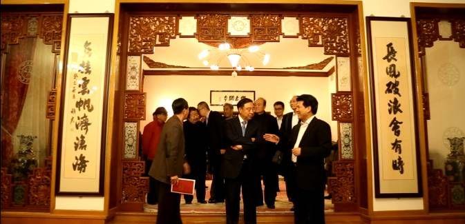 中国驻俄使馆助力崔如琢艺术大展 树文化外交典范