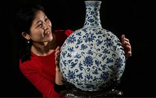 中国瓷器逆势走红纽约拍卖场