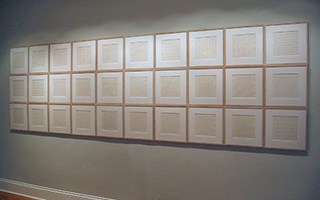 极简世界中的欢愉:古根海姆的艾格尼丝·马丁回顾展
