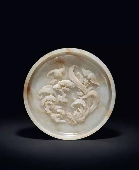 清乾隆 玉雕福寿万年图洗  13.5cm。 Diam。