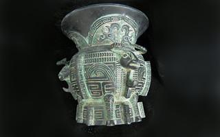 故宫收藏的青铜器与铭文 商代三羊尊是瑰宝