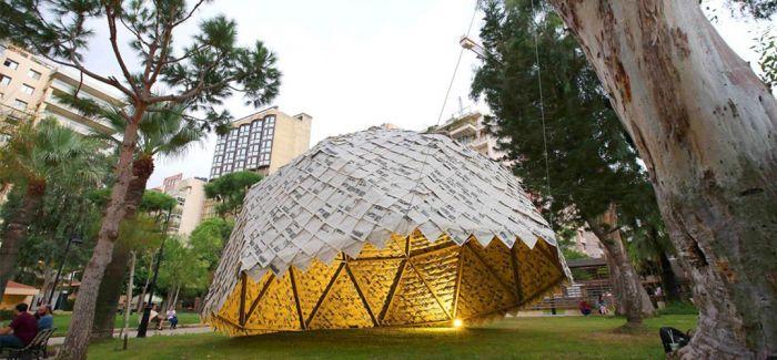 用报纸做屋顶 创意无限