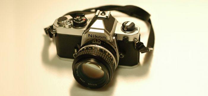 布列松用过的镜头和罕见表式相机现身相机拍卖会