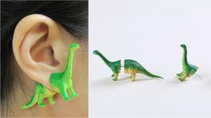 变成耳钉的复古恐龙玩具成为你混搭的元素之一