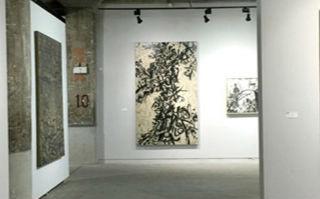 在抽象绘画的框架之中  植入东方文化的气韵