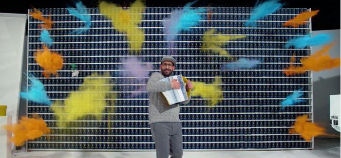是的你没看错 OK Go最新神作4.2秒就完事儿了
