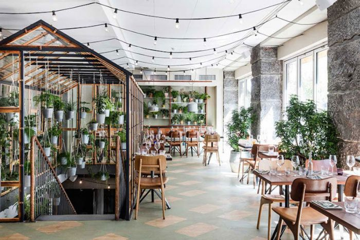 vakst-restaurant-in-copenhagen-is-green-oasis-4