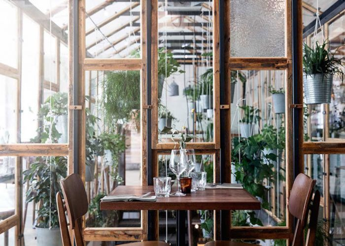 vakst-restaurant-in-copenhagen-is-green-oasis-2