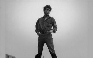 这部关于鲍勃·迪伦的纪录片  讲述了他巨变的六年