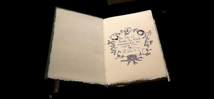 J·K·罗琳童话集手抄本拍卖 近37万英镑落槌