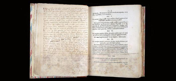 初版牛顿著作在纽约拍出2500万 成最贵科学类书籍