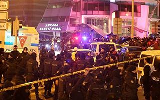 俄罗斯驻土耳其大使在安卡拉出席摄影展时遭枪击