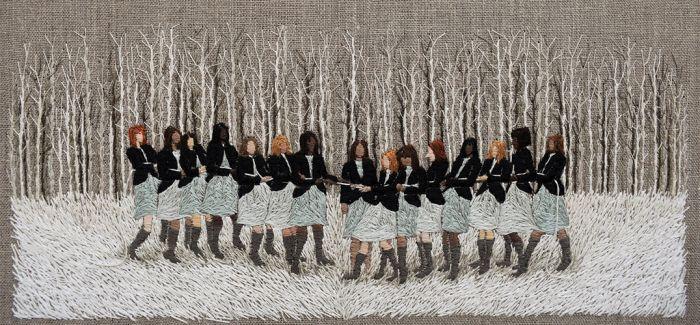 艺术家用刺绣开起了脑内小剧场