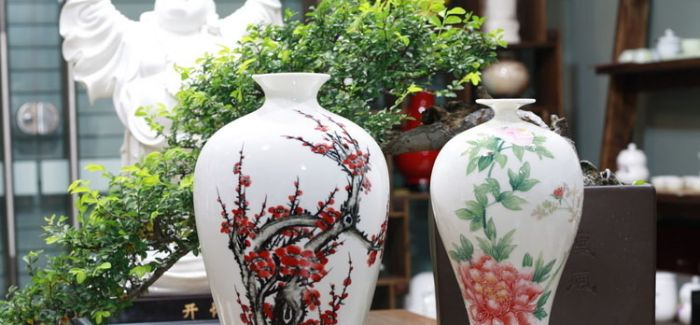 陶瓷花瓶在家居装饰中的摆放技巧