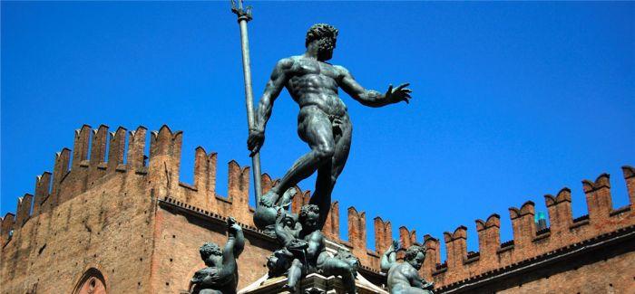 Facebook认为意大利海神纳普丘雕像照片为色情内容