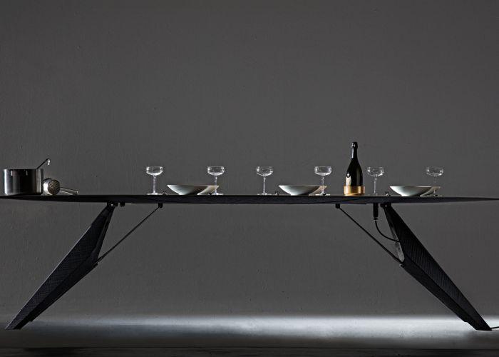 SmartSlab-Table-by-Kram-Weisshaar-for-Iris-Ceramica-dezeen-1568-1