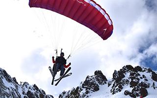 忘记阿尔卑斯 去比利牛斯山滑雪吧