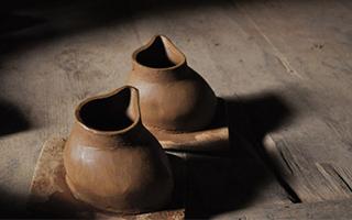 尼西黑陶:一种古老的藏族陶瓷工艺