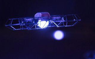 超级碗中场秀亮点!三百台无人机化身移动星辰