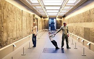 怎么办?去博物馆的英国人越来越少了