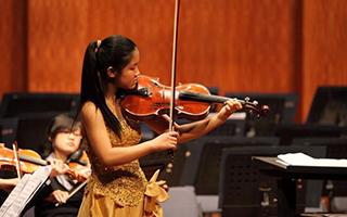 世界中提琴舞台要有中国的一席之地