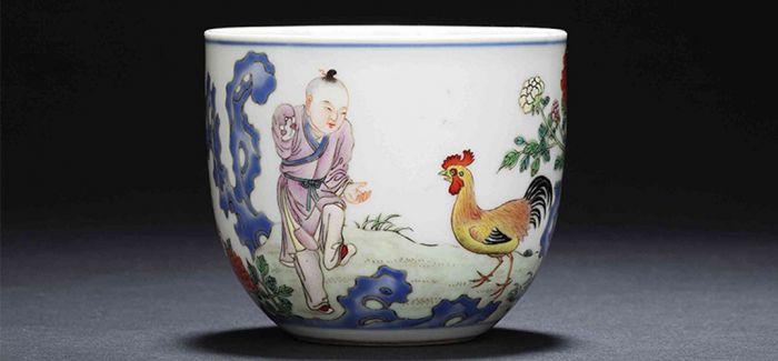 鸡缸杯:粉彩PK斗彩