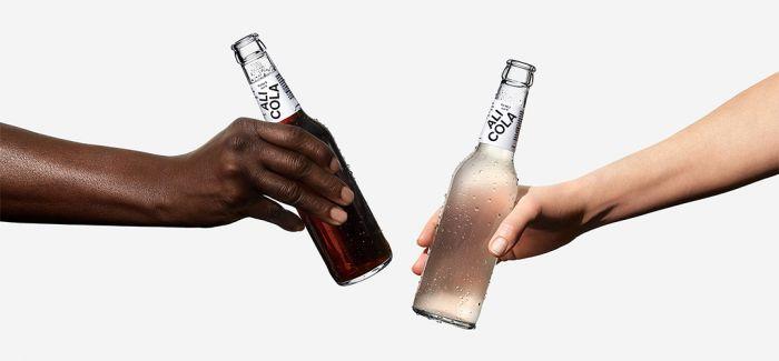 """创意可乐包装 """"肤色""""不同内在无异"""