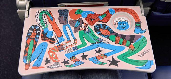 因为小桌板 我爱上了坐飞机