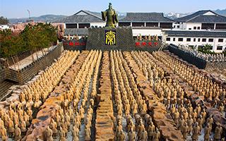 """秦陵着手起诉安徽和欧洲""""山寨兵马俑"""""""