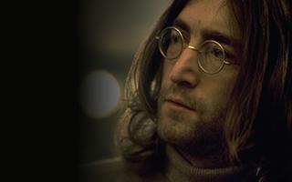 """""""披头士""""列侬曾因盛怒踩坏眼镜 修复后天价拍卖"""
