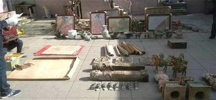 山西查获被盗壁画260幅 缴获国家三级文物19件