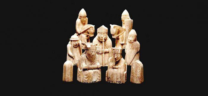"""八个故事 预习""""文物中的世界史"""""""