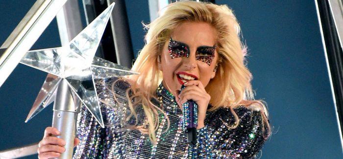 Lady Gaga 成为科切拉音乐节十年来的首位压轴女歌手