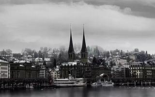 在冬天 每个人都会爱上瑞士